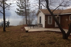 sunset cliff cottage, pet friendly vacation rentals in door county, dog friendly vacation rental in door county