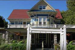 pet friendly inn in door county